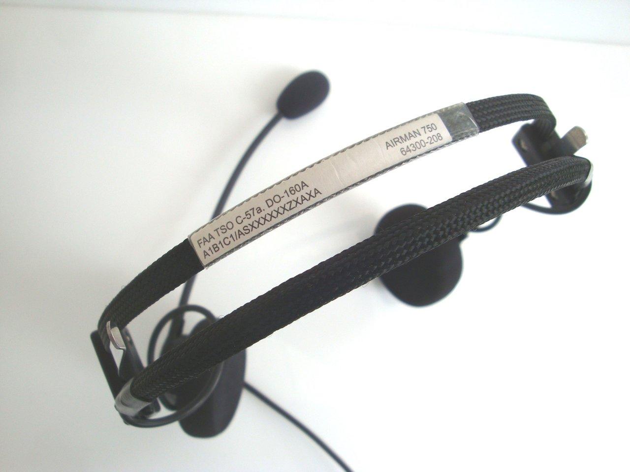 gebrauchtes Aviation Headset TELEX Airman 750 - http://www ...